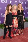 Celebrities Wonder 18728906_carrie-underwood-2013-acm-awards_4.jpg