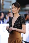 Celebrities Wonder 24875207_Olga-Kurylenko-Oblivion-premiere-los-angeles_5.jpg