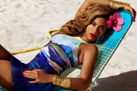 Celebrities Wonder 28045063_beyonce-bikini-hm_6.jpg