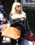 Celebrities Wonder 29226357_pregnant-jessica-simpson-shopping_5.jpg