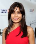 Celebrities Wonder 38464285_freida-pinto-indian-Film-Festival_6.jpg