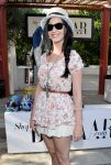 Celebrities Wonder 38503459_katy-perry-coachella-festival-2013_3.jpg