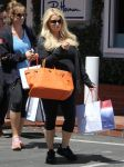 Celebrities Wonder 52351310_pregnant-jessica-simpson-shopping_1.jpg