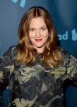 Celebrities Wonder 55850032_2013-glaad-media-awards_Drew Barrymore 2.jpg