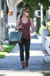 Celebrities Wonder 66752559_hilary-duff-beverly-hills_3.jpg