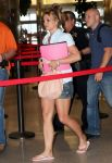 Celebrities Wonder 76803936_britney-spears-airport_3.jpg