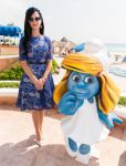 Celebrities Wonder 79714242_katy-perry-the-smurfs-2_2.jpg