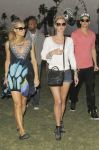 Celebrities Wonder 83732851_paris-nicky-hilton-coachella_1.jpg