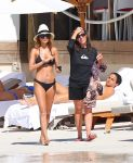 Celebrities Wonder 87398743_nicole-richie-bikini_2.jpg