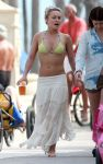 Celebrities Wonder 88210600_hayden-panettiere-miami_1.jpg