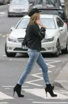 Celebrities Wonder 15714691_kate-moss- Hampstead_5.jpg