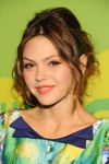 Celebrities Wonder 16234327_CW-Network-2013-Upfront_Aimee Teegarden 2.jpg