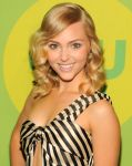 Celebrities Wonder 17806344_CW-Network-2013-Upfront_AnnaSophia Robb 2.jpg