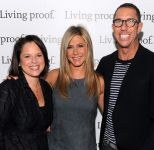 Celebrities Wonder 20143216_jennifer-aniston-Living-Proof-Good-Hair-Day-Web-Series_6.jpg