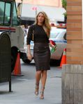 Celebrities Wonder 2471641_blake-lively-set-photoshoot_7.jpg