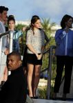 Celebrities Wonder 25472160_emma-watson-cannes_2.jpg