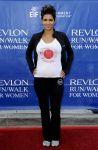 Celebrities Wonder 31228435_halle-berry-revlon-walk_2.jpg