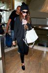 Celebrities Wonder 3563517_selena-gomez-lax-airport_2.jpg