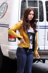 Celebrities Wonder 36707520_megan-fox-Teenage-Mutant-Ninja-Turtles-set_4.jpg