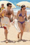 Celebrities Wonder 40697225_olivia-wilde-bikini_5.jpg