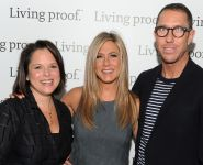 Celebrities Wonder 41362695_jennifer-aniston-Living-Proof-Good-Hair-Day-Web-Series_7.jpg