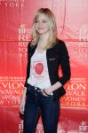 Celebrities Wonder 41461661_Revlon-Run-Walk-For-Women_4.jpg