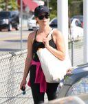 Celebrities Wonder 42183343_reese-witherspoon-gym_6.JPG