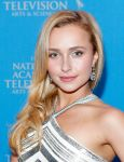 Celebrities Wonder 43530323_hayden-panettiere-34th-Annual-Sports-Emmy-Awards_3.jpg