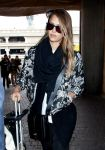 Celebrities Wonder 44756361_jessica-alba-lax-airport_7.jpg