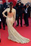 Celebrities Wonder 45474981_eva-longoria-le-passe-premiere-cannes_2.jpg