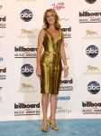 Celebrities Wonder 46563758_Billboard-Women-in-Music_Celine Dion.jpg