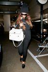 Celebrities Wonder 50246337_selena-gomez-lax-airport_3.jpg