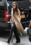 Celebrities Wonder 55347478_victoria-beckham-barneys_1.jpg