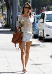 Celebrities Wonder 5833122_alessandra-ambrosio-short-shorts_2.jpg