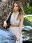 Celebrities Wonder 58609348_jessica-alba-Mothers-Day-Brunch_4.jpg