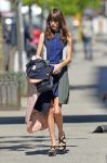 Celebrities Wonder 59655846_alexa-chung-soho_3.jpg