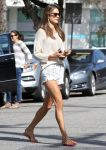 Celebrities Wonder 62211075_alessandra-ambrosio-short-shorts_3.jpg
