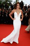 Celebrities Wonder 6544794_cindy-crawford-2013-cannes-opening_2.jpg