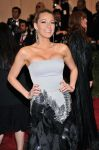 Celebrities Wonder 70542887_blake-lively-met-gala_4.jpg