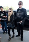 Celebrities Wonder 71722523_avril-lavigne-lax-airport_3.jpg