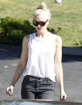 Celebrities Wonder 91606051_gwen-stefani-los-angeles_5.jpg