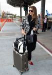 Celebrities Wonder 92988790_jessica-alba-lax-airport_1.jpg