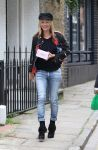 Celebrities Wonder 93159066_kate-moss- Hampstead_1.jpg