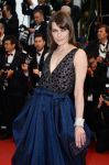 Celebrities Wonder 93323436_cannes-all-is-lost-red-carpet_Milla Jovovich 3.jpg