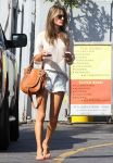 Celebrities Wonder 94388032_alessandra-ambrosio-short-shorts_4.jpg