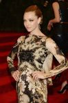 Celebrities Wonder 95862029_amanda-seyfried-met-gala_1.jpg