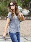 Celebrities Wonder 17633628_kate-beckinsale-la_8.jpg
