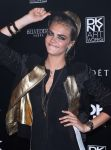 Celebrities Wonder 18363328_cara-delevingne-DKNY-Artworks-event_5.jpg