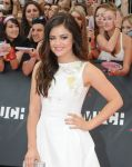 Celebrities Wonder 21317061_2013-MuchMusic-Video-Awards_Lucy Hale 2.jpg