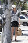 Celebrities Wonder 26962274_charlize-theron-los-angeles_3.jpg